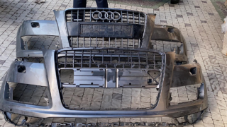 Запчасти AudiQ7 морда фари крилья капот бампер 7