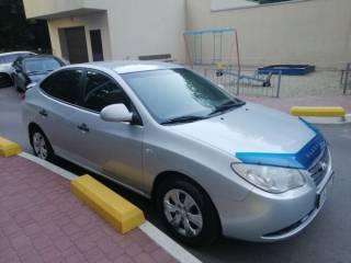 Хозяйский Hyundai Elantra в хорошем состоянии 4