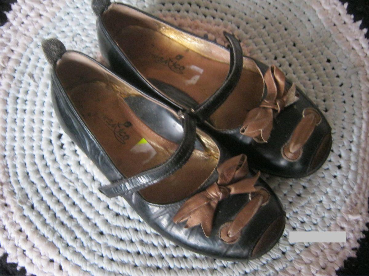Туфли для девочки лаковые
