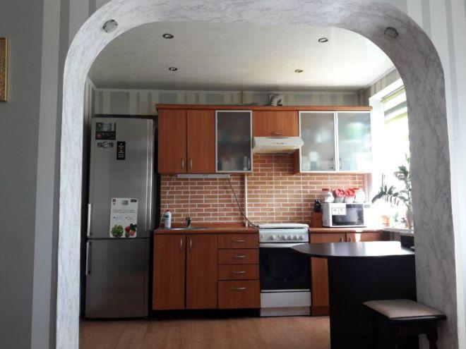 Продам двух комнатную квартиру c евроремонтом, на Соцгороде возл цирка