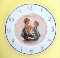 Часы настенные Hummel M.I. Hummel