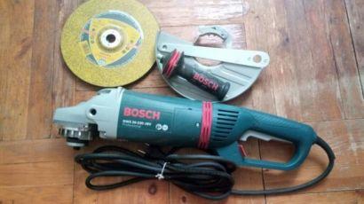 Новая Болгарка/Угловая шлифмашина Bosch Professional GWS 26-230 JBV