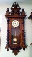 Часы настенные антикварные старинные с боем F.M.S.прекрасное состояние