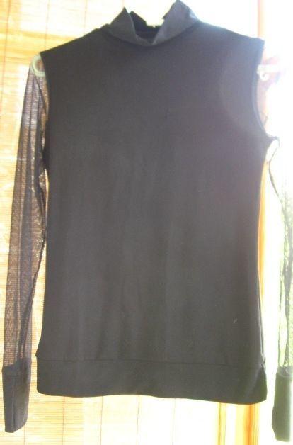 гольф чёрный С М трикотажный, рукава сетка, как форма на работу