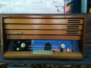 Радио - радиола - магнитола - бабинный магнитофон Minija 4