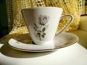 Баварская кофейная чашка и тарелка завода Mitterteich Bavaria, НОВАЯ