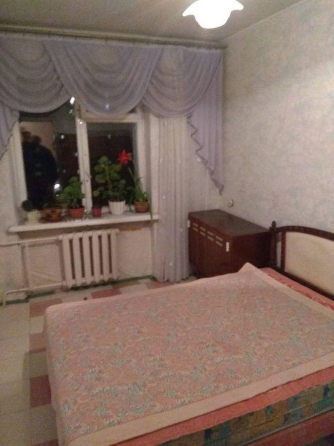 Сдам комнату без хозяйки для парня в 2-х комнатной квартире Тополь-1