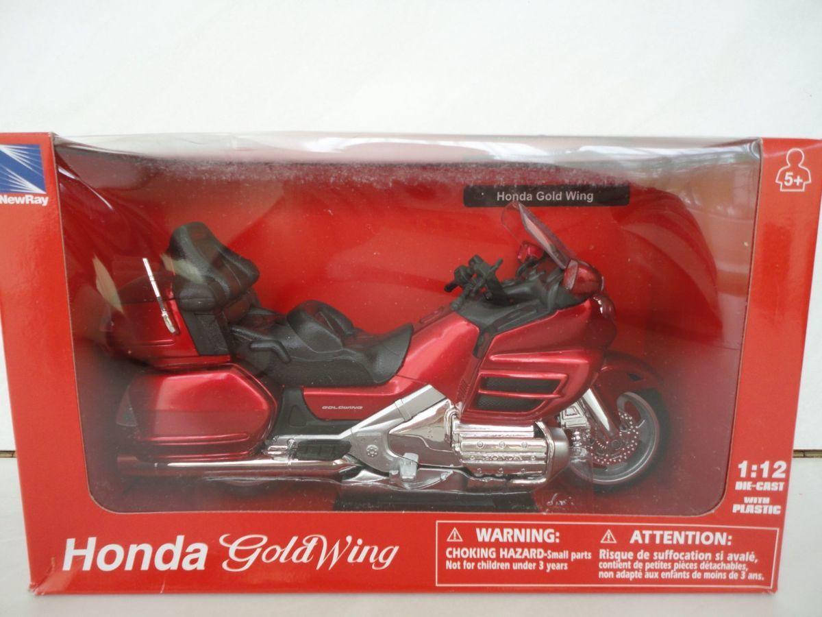 Модель мотоцикл 1:12 Honda GL 1800 Gold Wing New Ray новая игрушка