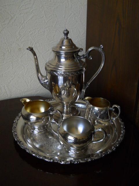 Кофейный мельхиоровый посеребренный набор