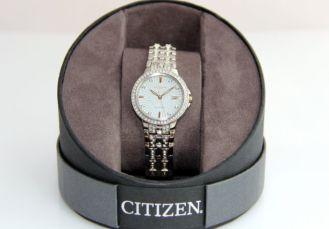 женские часы Citizen Eco-Drive кристаллы SWAROVSKI Сваровски -ОРИГИНАЛ