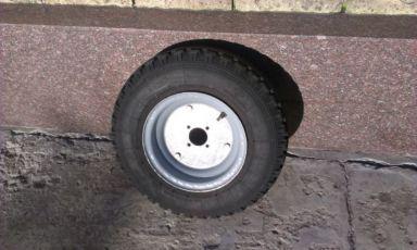 Продам 2 колеса на советскую тачку