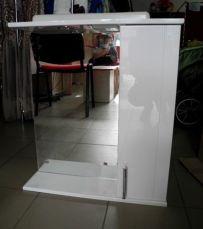 Зеркало для ванной комнаты с подсветкой и шкафчиком
