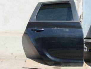Дверь Opel Astra J Sports Tourer задние