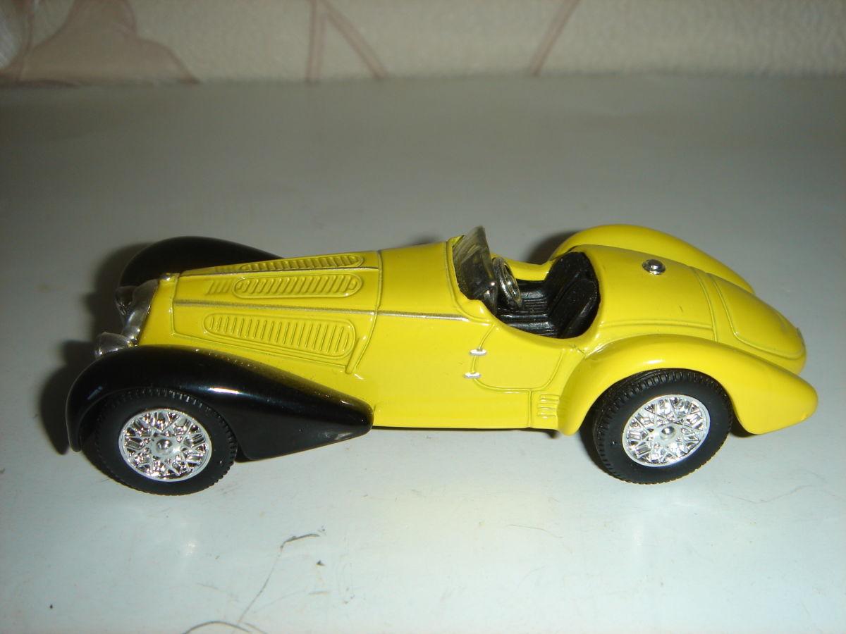 Машинка металлическая ALFA ROMMEO 1938 8С 2900. 1:43