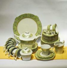 Продам чайный сервиз Auratic Versailles 42 предмета 12 персон
