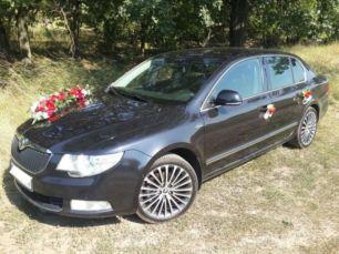 Свадебные украшения на автомобиль, цветы, Авто на свадьбу