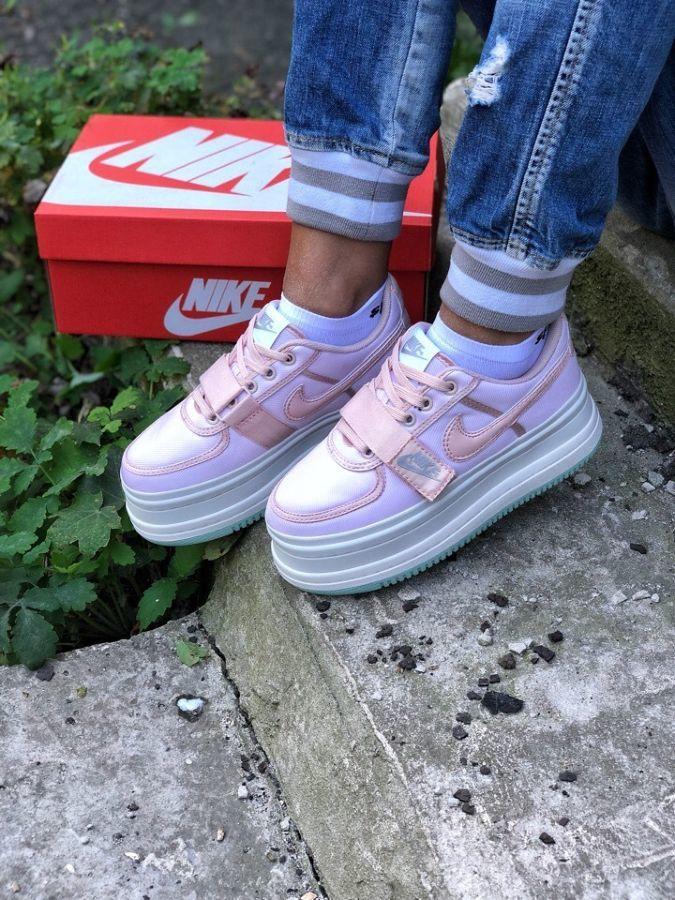 Обувь Nike На платформе  1 399 грн. - Інше жіноче взуття Вінниця ... e658ce94175c5