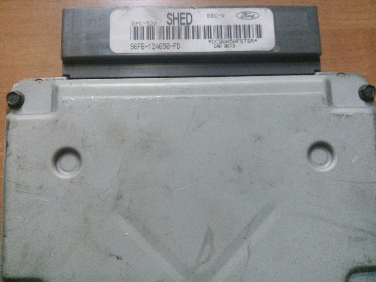 96FB-12A650-FD 96FB12A650FD SHED DPC-520 EEC-V ЭБУ Ford Fiesta Courier