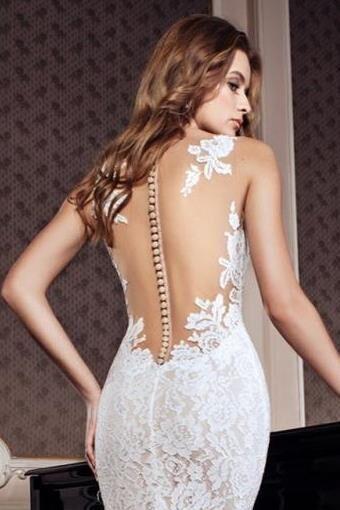 Пошив свадебных,вечерних платьев,корсетов с юбками.
