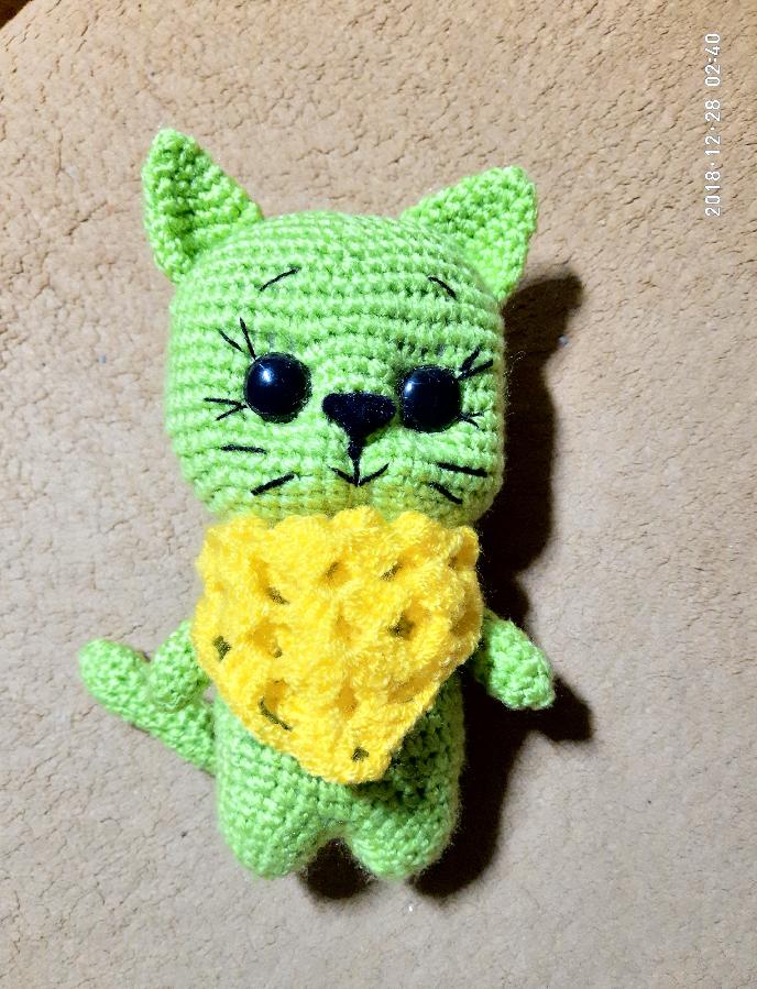 Мягкая игрушка ручной работы вязаный кот котик амигуруми