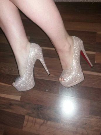df6676b6fc596d Туфлі. Босоніжки. На випускний. На весілля. Блестящие туфли: 850 грн ...