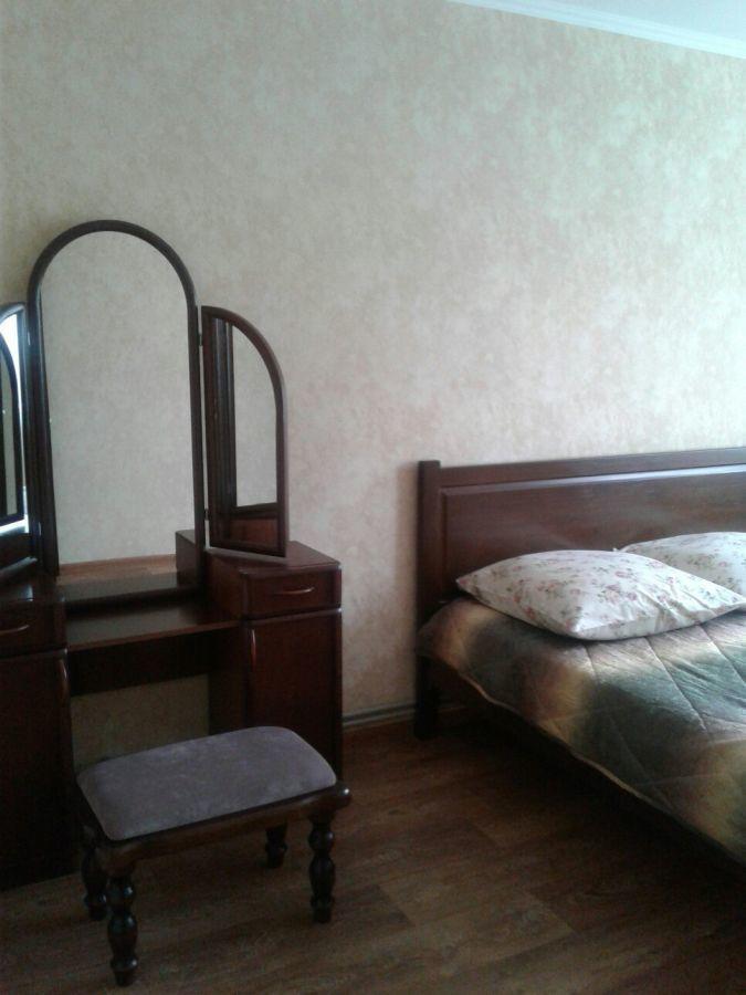 2 ком. квартира посуточно в центре Бердянска