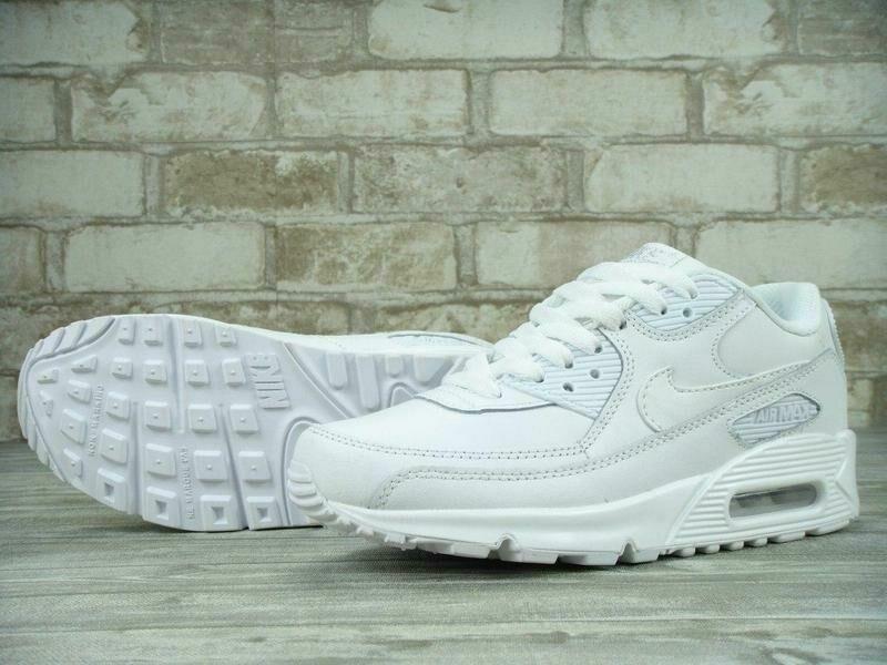 af9cd8f1 Женские кроссовки Nike Air Max 90 белые найк эир макс: 3 200 грн ...