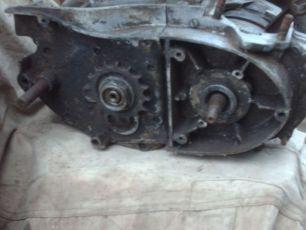 Двигатель ИЖ-ПЛАНЕТА с инвалидки СЗД без цилиндра и стартера