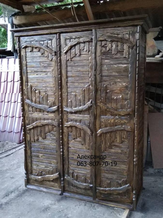Шкаф из дерева под старину ( деревянный )
