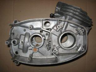 Картер двигателя 12 вольт ЯВА-JAWA-CZ 472-6 Made in Czechoslovakia.