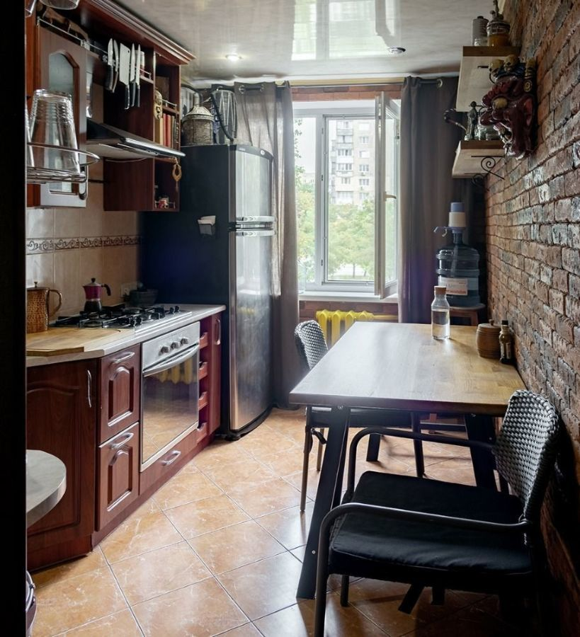 Продам двухкомнатную квартиру с ремонтом на Парусе  33 000   - 2 ... 56b65d8876f13