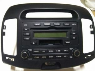 Штатная авто магнитола hyundai elantra 2008 + рамка к ней