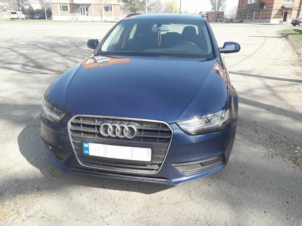 Продам Audi A4 Avant 2.0tdi 2012 года
