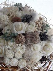 Букет белые розы, интерьерная композиция.