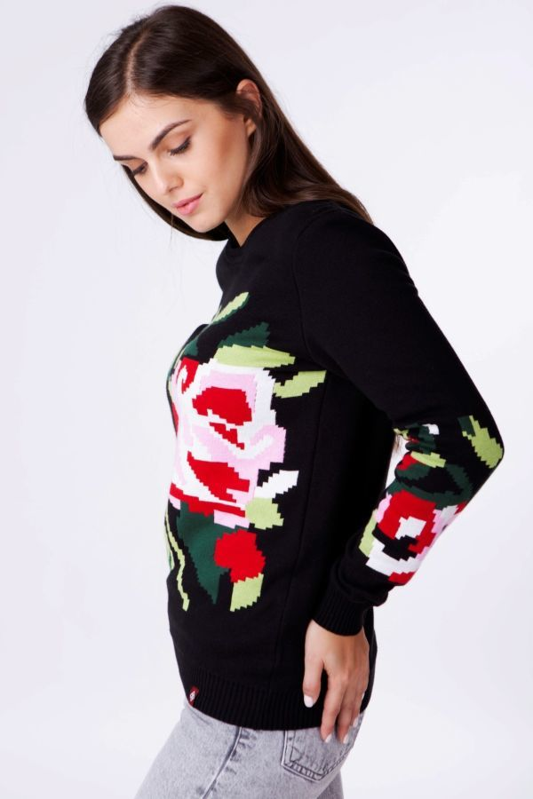 Чорний жіночий в язаний светр  719 грн. - Світера f57f2dad25f4c