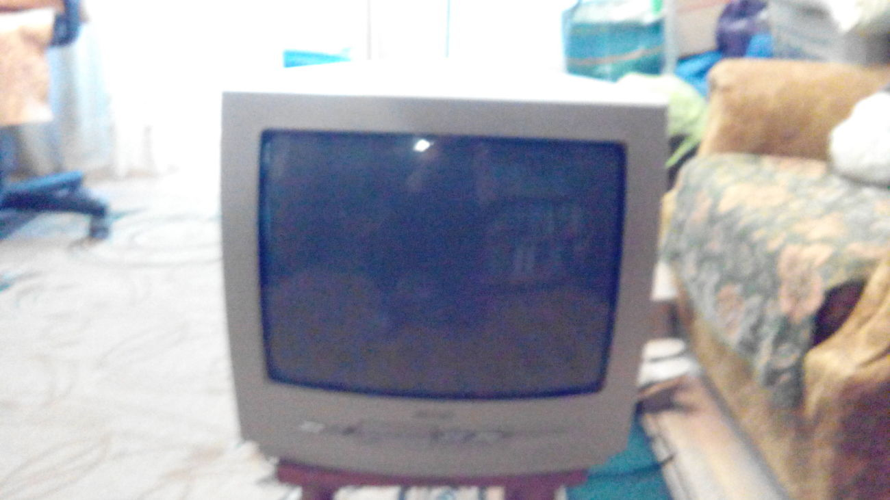 Продам телевизор Филипс
