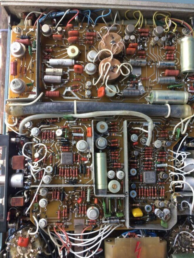 Куплю Радиодетали,платы,осциллограф,частотомер,вольтметр 4