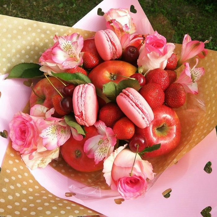 Букеты из фруктов и конфет иркутск, букет