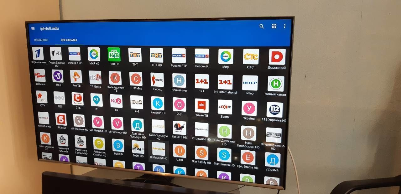 Продам Телевизор TV LED Samsung UE49J5550