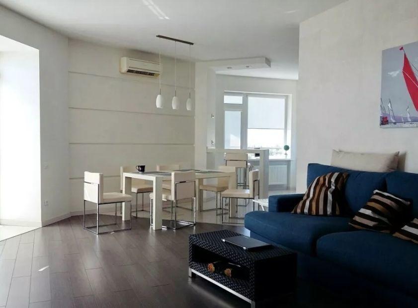 3-х комнатная квартира в новом доме с террасой