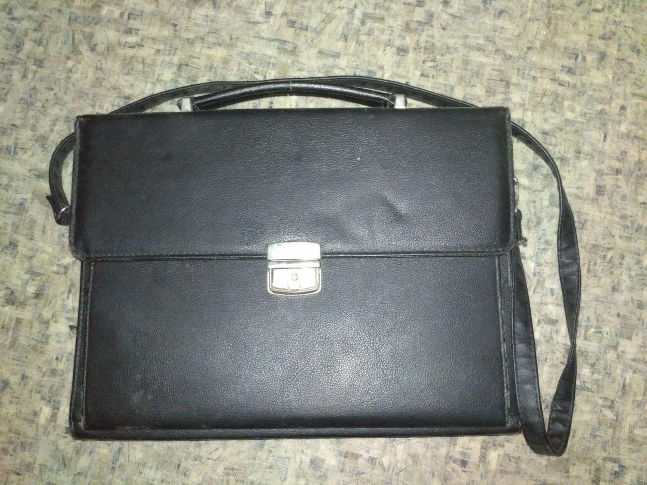 a353358c00bb Чемодан сумка портфель для документов и папок: 250 грн. - Портфели ...