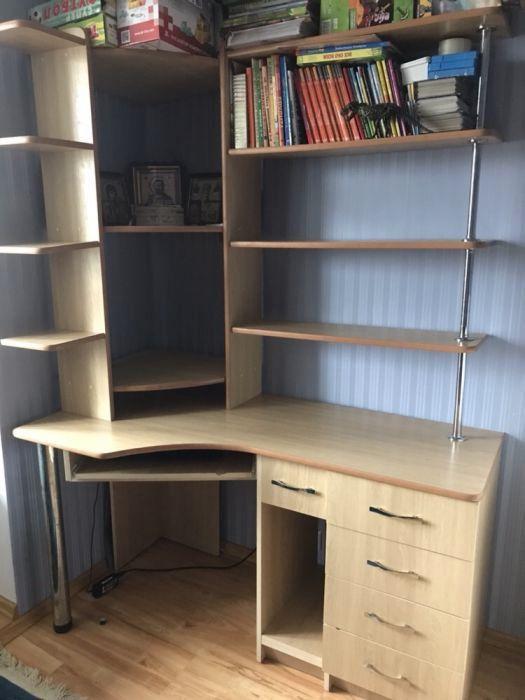 стол компьютерный угловой с полками 2 500 грн компьютерные столы
