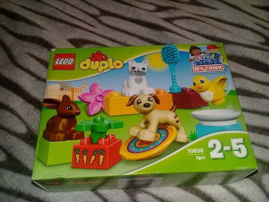 5e0aa3bd6fc Конструктор LEGO DUPLO Town Домашние животные 10838 - 650руб: 325 ...