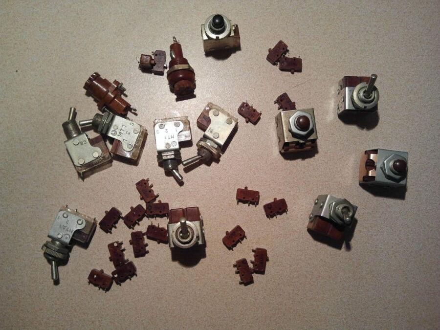 Кнопка,тумблер мт3, мтд3, мт1, км 2-1, кмд1-1. мп7, ссср. Новые.