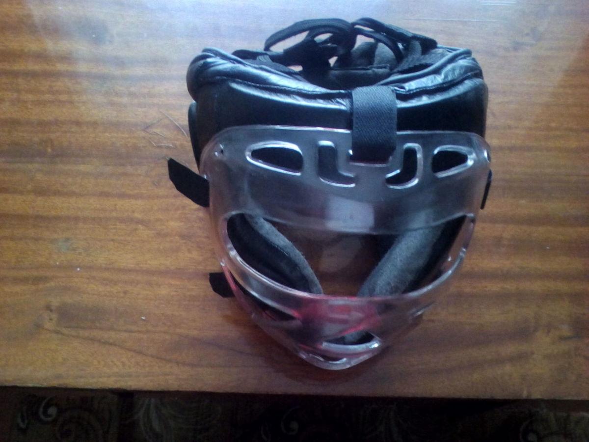 Шлем для защиты головы
