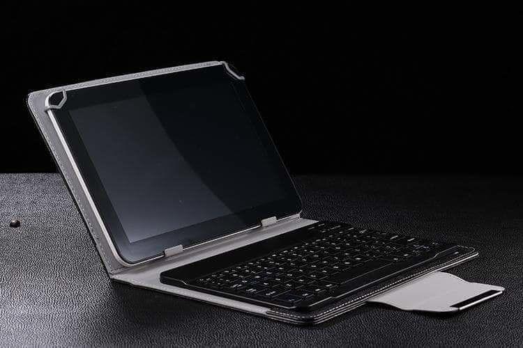 Чехол со съемной bluetooth блютуз-клавиатурой для планшета