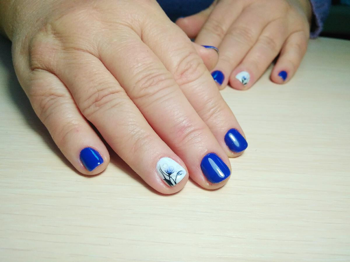 Маникюр, покрытие гель-лаком, наращивание ногтей