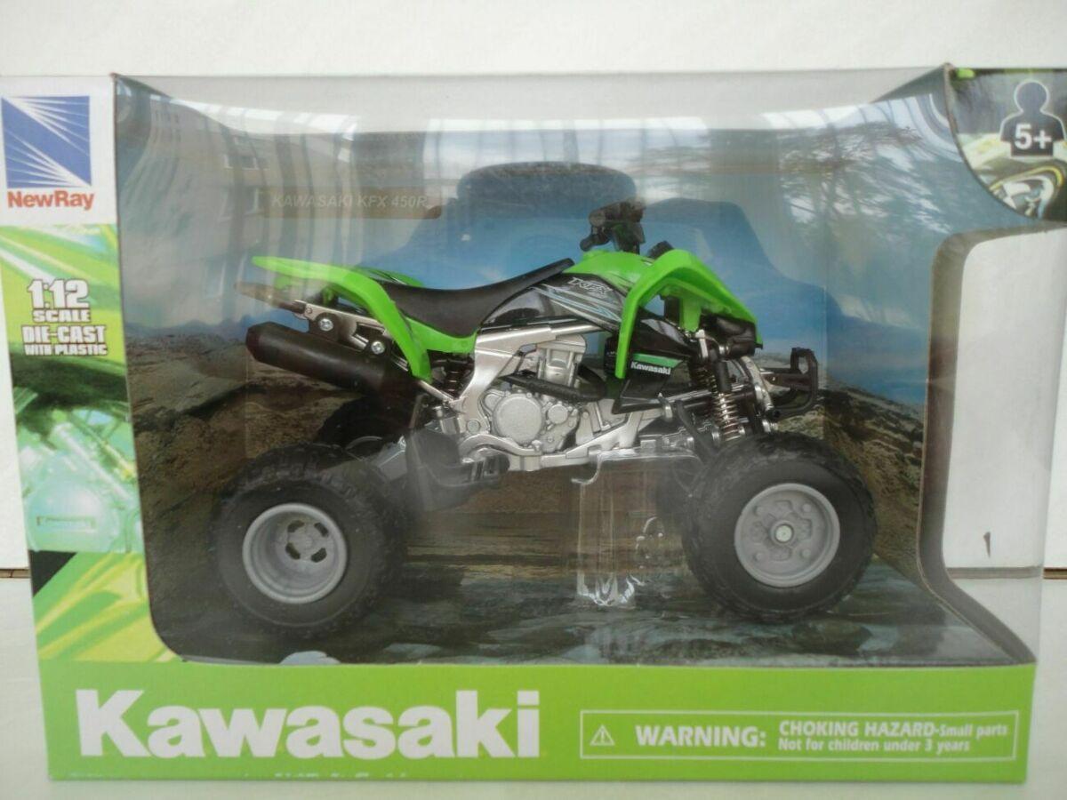Модель квадроцикл 1:12 Kawasaki KFX 450R New Ray мотоцикл игрушка