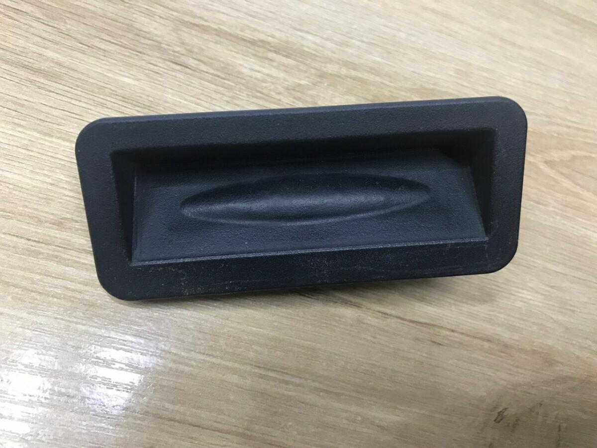 Кнопка открытия двери, крышки, ляды  багажника Nissan Leaf 11-17