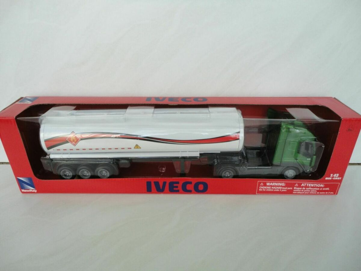 машинка Iveco Stralis цистерна 1:43 New Ray игрушка автомобиль авто